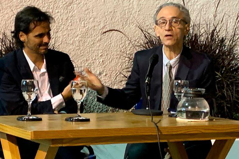 José Miguel Onaindia, un argentino fundamental en la cultura uruguaya de los últimos años, y el coreógrafo Igor Yebra