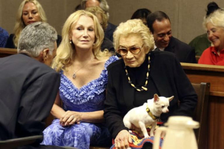 La princesa hawaiana de 93 años que lucha por su fortuna de US$ 200 millones
