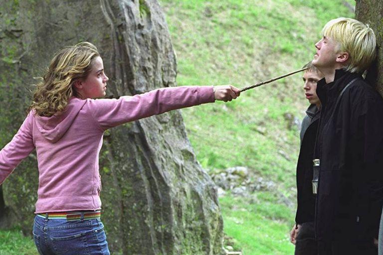 Emma Watson y Tom Felton en un ensayo para una escena de Harry Potter y el prisionero de Azkaban, del año 2004