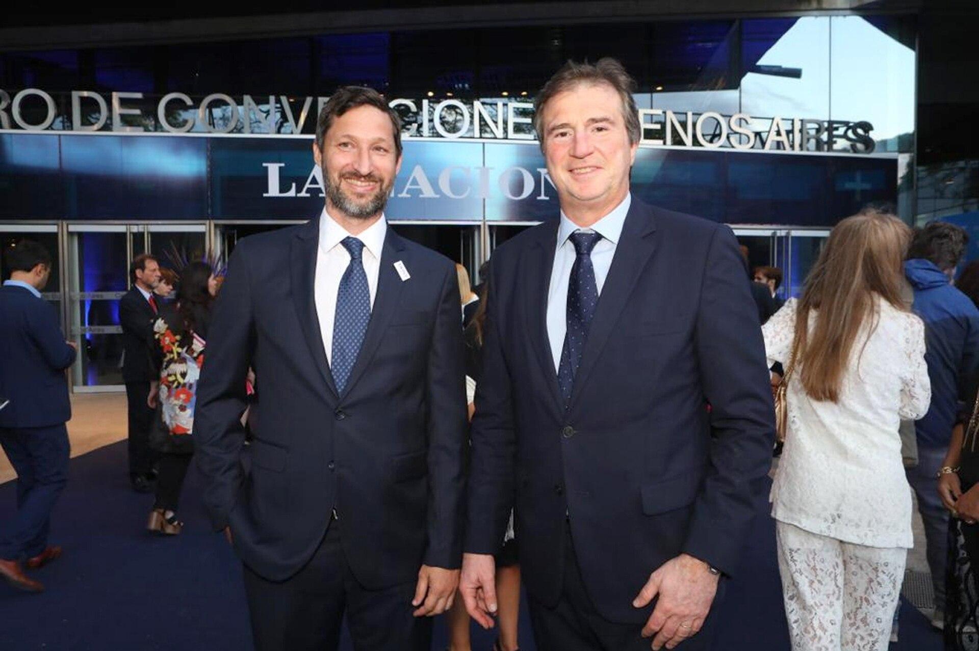 Eduardo Lomanto, ejecutivo del centro de entretenimiento Movistar Arena junto a Francisco Seghezzo, CEO de LA NACION