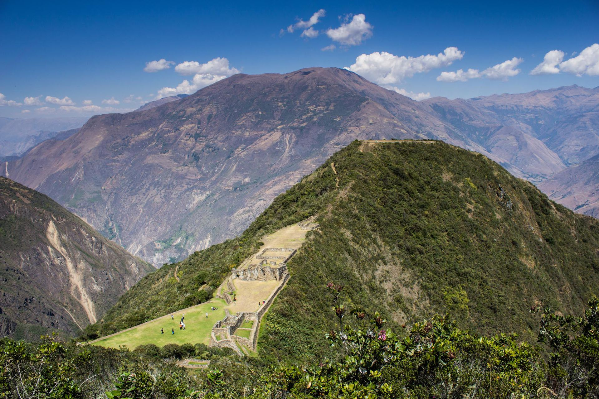 La ciudadela inmersa en la montaña. Foto: Luis Agote