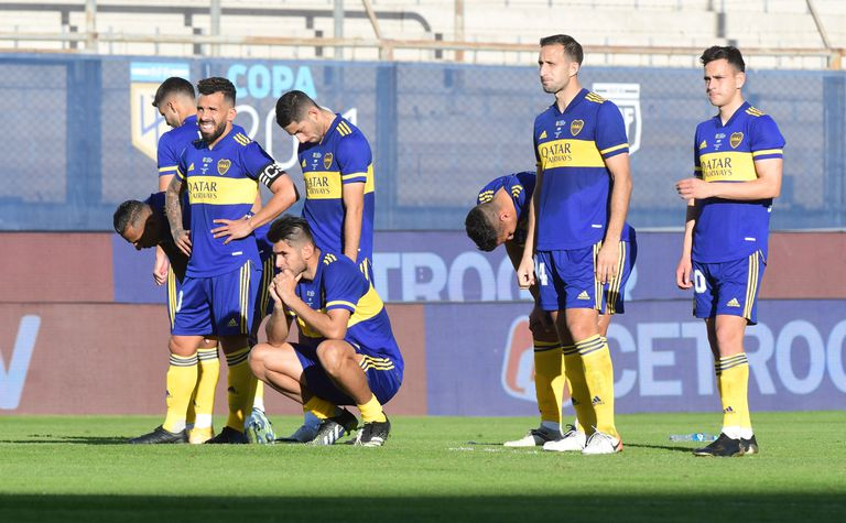 Semifinal de la Copa Liga Profesional 2021 entre Boca Juniors y Racing Club en San Juan.Derrota de Boca.