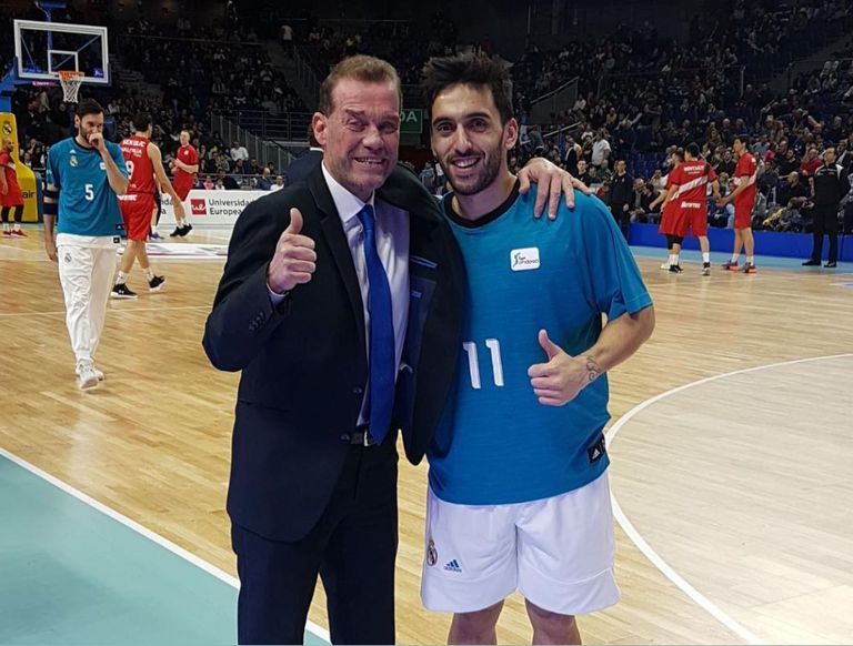 Néstor Che García y Facundo Campazzo, cuando ambos se desempeñaban en el básquetbol español