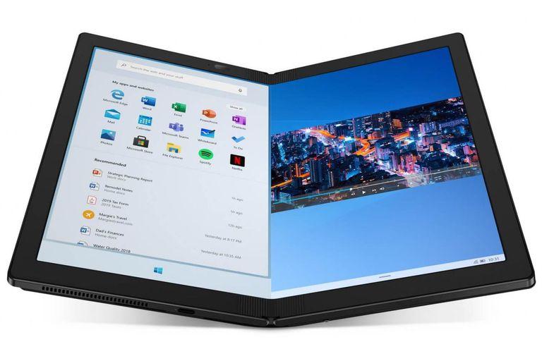 Pudimos jugar un rato con la flamante Lenovo Thinkpad X1 Fold, que tiene una pantalla flexible para usarla como tableta o notebook, y reducir su tamaño luego; su precio será de 2500 dólares