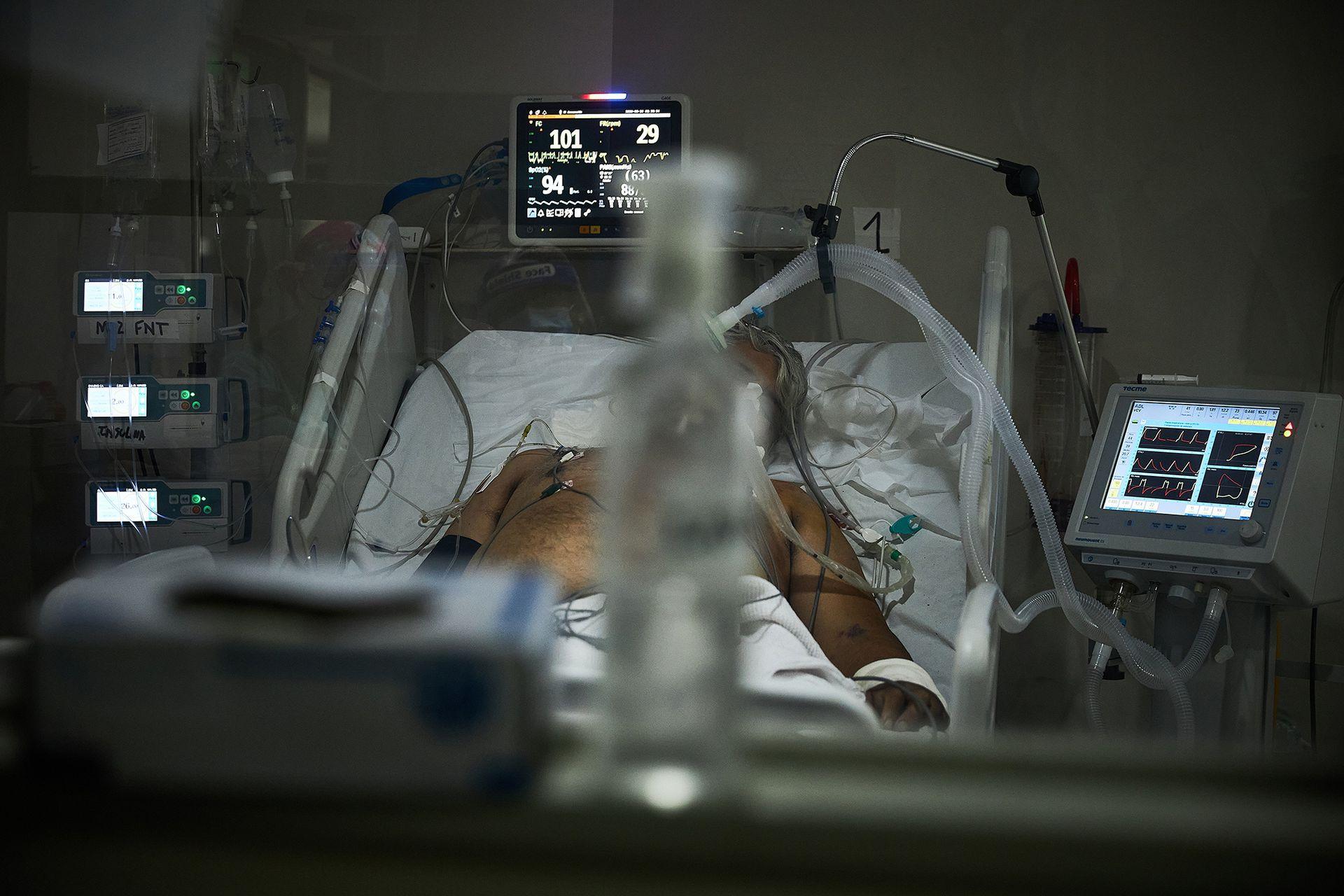 Así son las camas de terapia intensiva en el hospital Dr. Alberto Balestrini