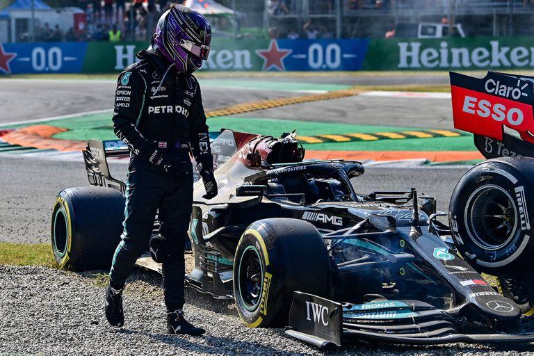 Habló Hamilton: lo que le molestó de Verstappen tras el choque y el golpe del neumático en su cabeza
