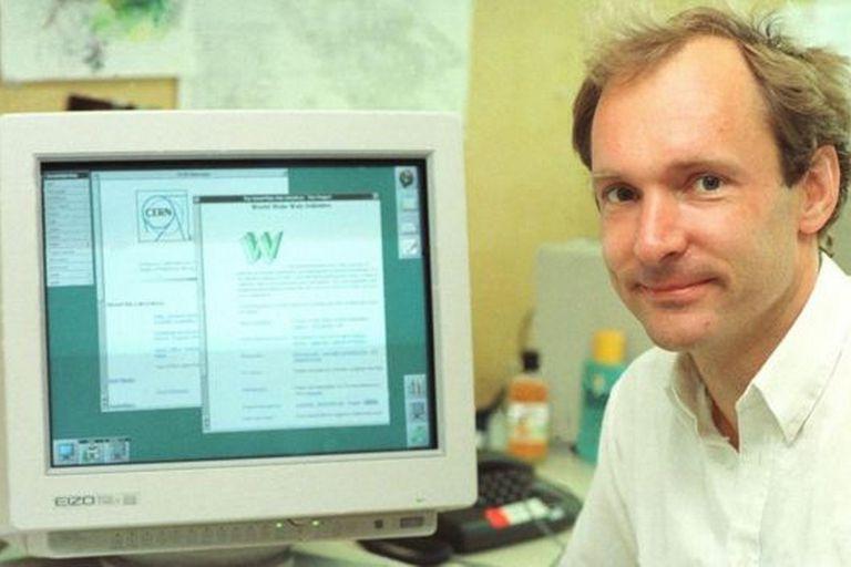 El físico Tim Berners-Lee inventó la World Wide Web en 1989, pero esa primera página desapareció y fue reconstruida tiempo después