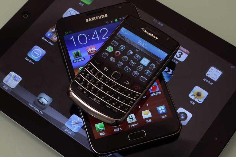BlackBerry abre su plataforma BBM y lleva los servicios de mensajería al iPhone y a los teléfonos con Android