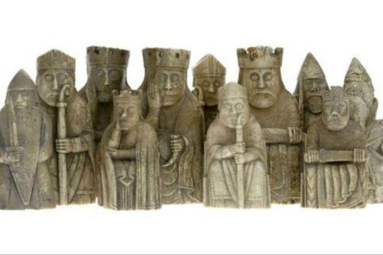 El ajedrez de Lewis data del siglo XII y hoy se exhiben en museos de Londres y de Edimburgo