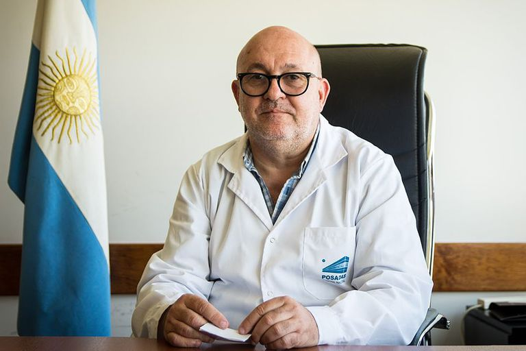 El doctor Alberto Maceira quien declaro que intervino en la vacunación de 10 personas en el ministerio de Salud y explicó que lo llamaban de parte de González García para enviarle personas para vacunar