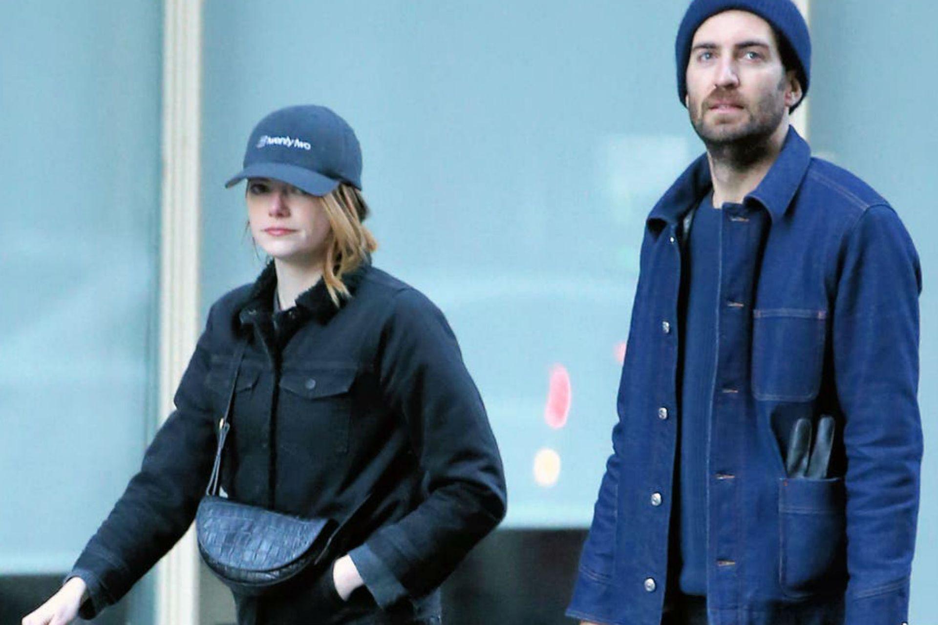 Emma Stone conoció al cineasta Dave McCary en el rodaje de un episodio de Saturday Night Live y desde 2017 que no se separaron nunca