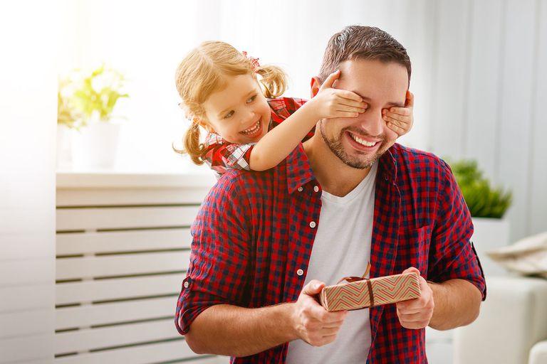Regalos del día del Padre: opciones para celebrar con papá a la distancia