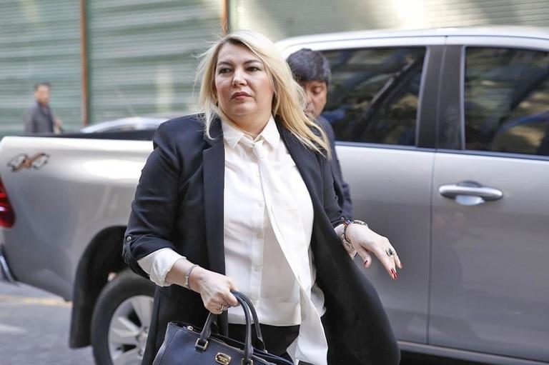 La decisión de la gobernadora Rosana Bertone sumará presión sobre las 16 provincias que rechazan pagar el plus de fin de año