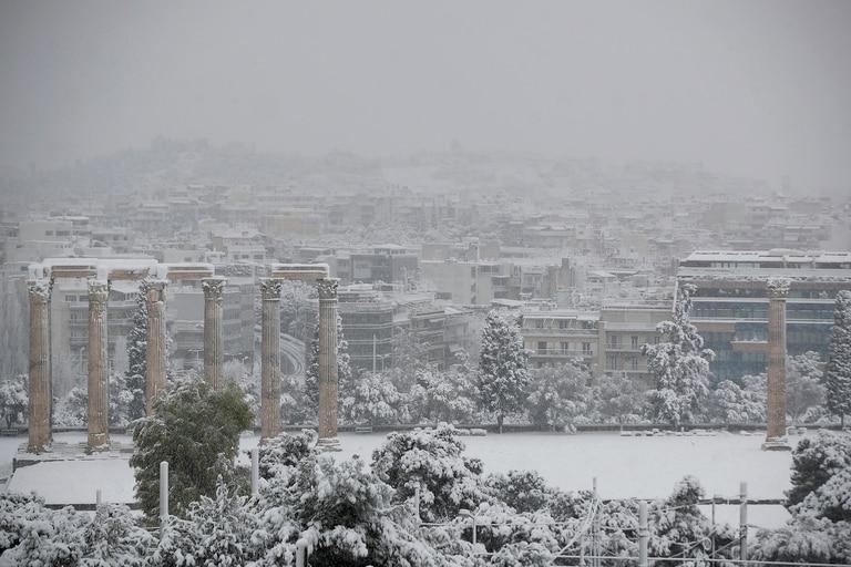 Histórica nevada en Atenas