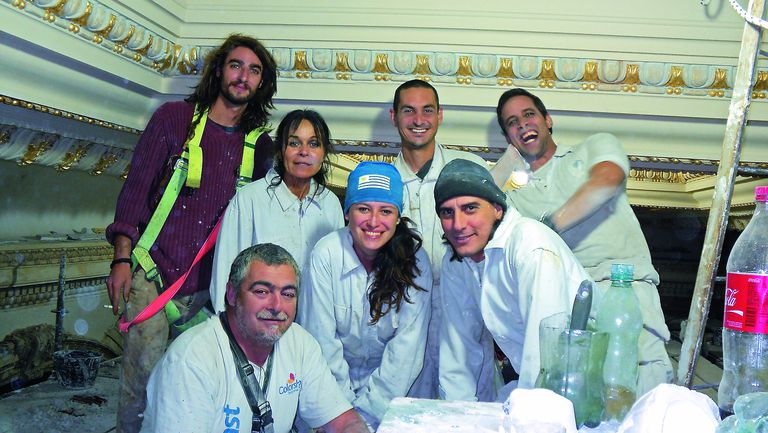Hay equipo. Parte del Team de restauradores que participó de la puesta a punto del Hotel Casino Carrasco, en Uruguay
