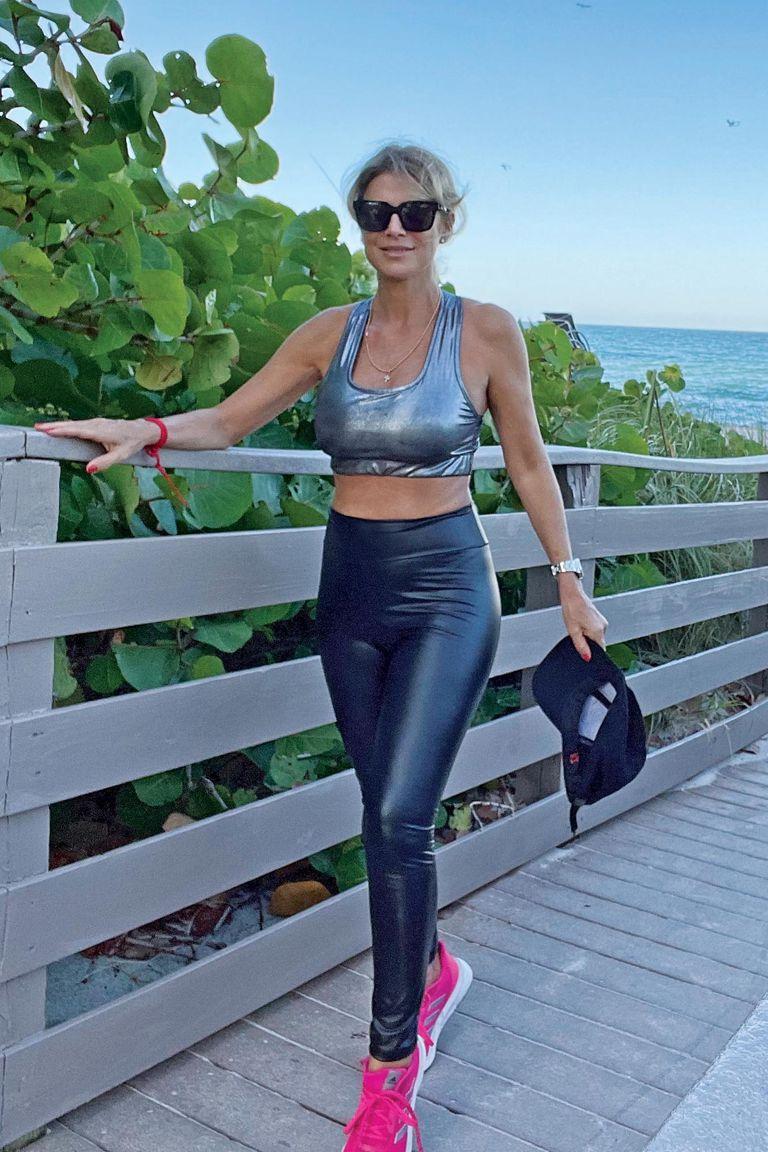 """Siempre activa y deportista, Flavia continúa con su rutina de actividad física en vacaciones. """"Trato de entrenar todos los días: hago una hora de bicicleta o media hora de gimnasio"""", detalla"""