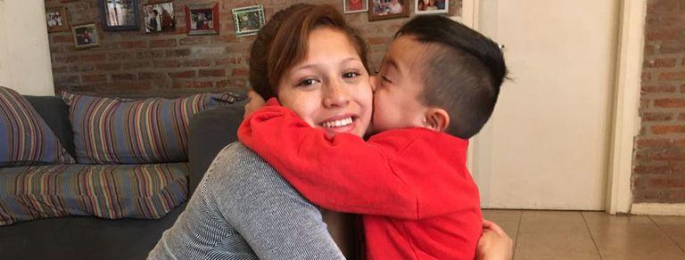 """Perdonó a sus papás que la abandonaron: """"Ellos no tuvieron la ayuda que yo sí"""""""