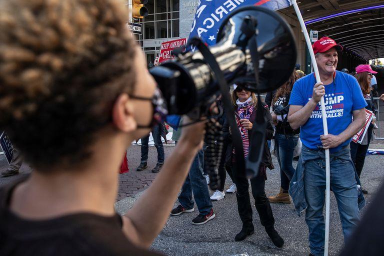 EE.UU. Crece la tensión en las calles por la demora de la definición electoral
