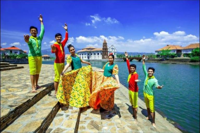 Filipinas se convirtió en un país de muchas tradiciones con festividades que incluyen bailes y música