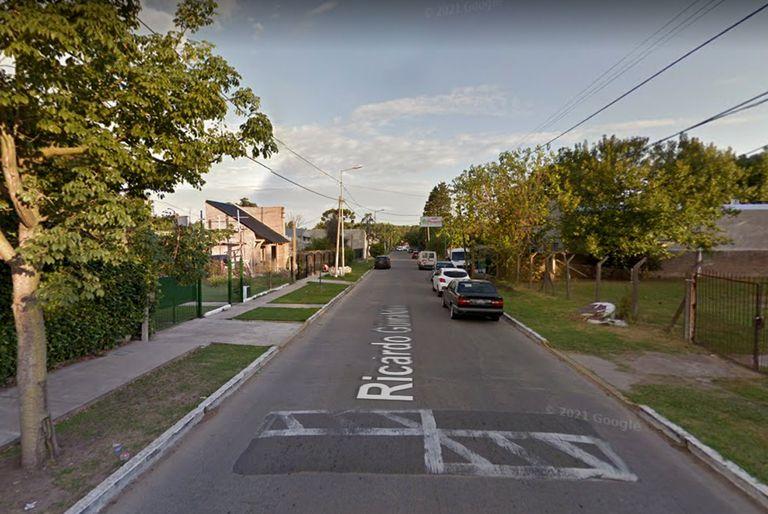 Un grupo de vecinos detuvo a un delincuente que le robó a una joven tras intentar clavarle un destornillador