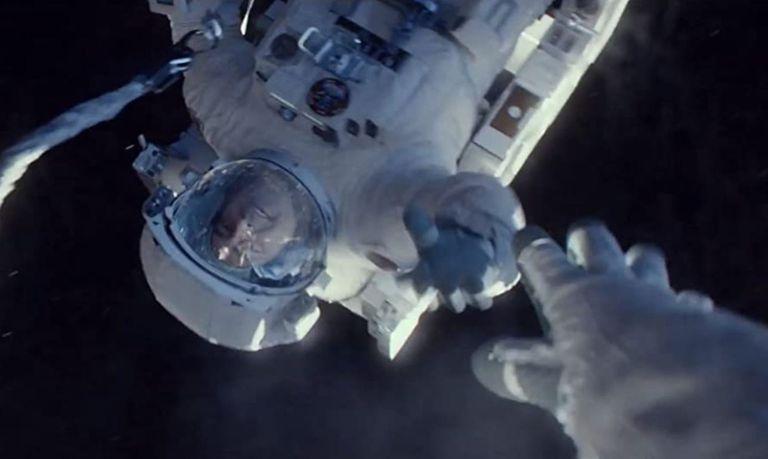 Misión fatal: qué pasa con el cuerpo de un astronauta cuando muere en el espacio