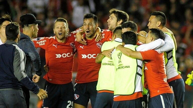 El festejo de Independiente, que llegó a la final de la Sudamericana