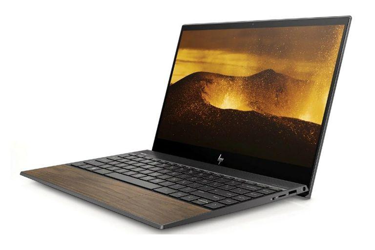 Las recomendaciones de fabricación y diseño de Intel apuntan a ofrecer computadoras portátiles de altas prestaciones y diseños exclusivos, como esta HP Envy 13 Wood con partes de madera