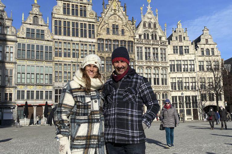 En septiembre de 2020, Carla Rebecchi desembarcó en Amberes, Bélgica, junto a su marido Jorge Lombi y la pequeña Vera.
