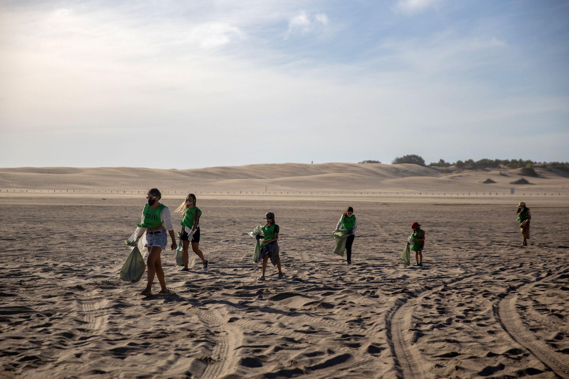 Reciclando Conciencia rescata 5200 kilos de basura por día en Pinamar