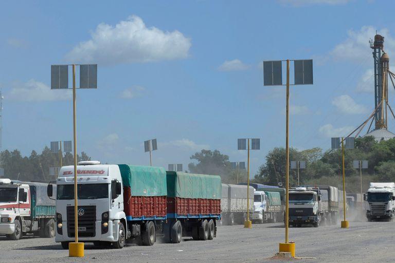El campo necesita movilizar la cosecha en camiones
