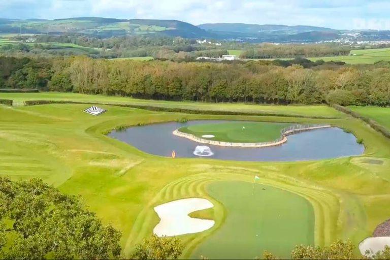 El campo de golf de la mansión de Gareth Bale