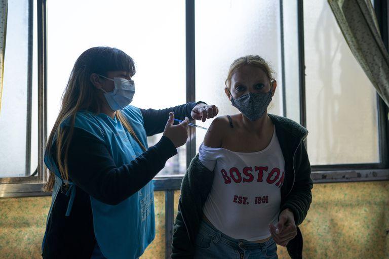Coronavirus en la Argentina: los contagios vuelven a subir y se consolida la tendencia al alza