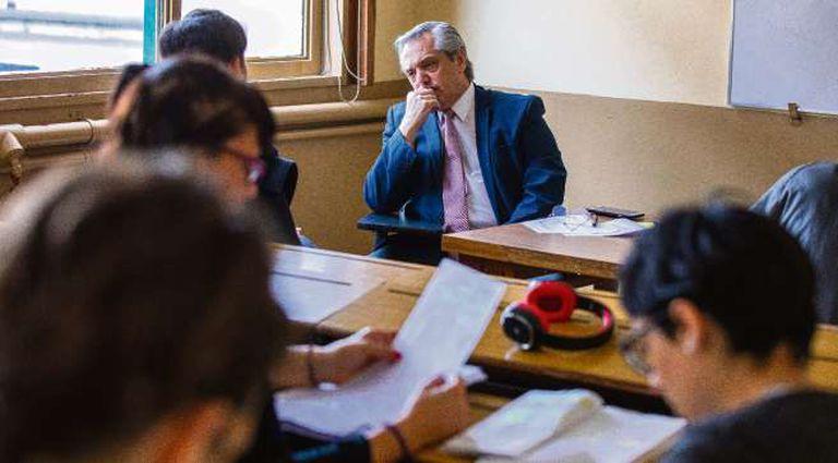 Alberto Fernández deberá afrontar, en medio de la campaña, una causa penal incómoda que está en pleno trámite
