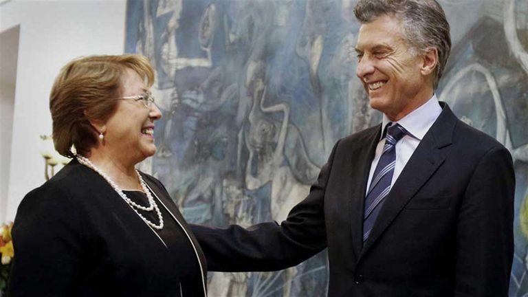 El presidente Mauricio Macri y su par chilena, Michelle Bachelet