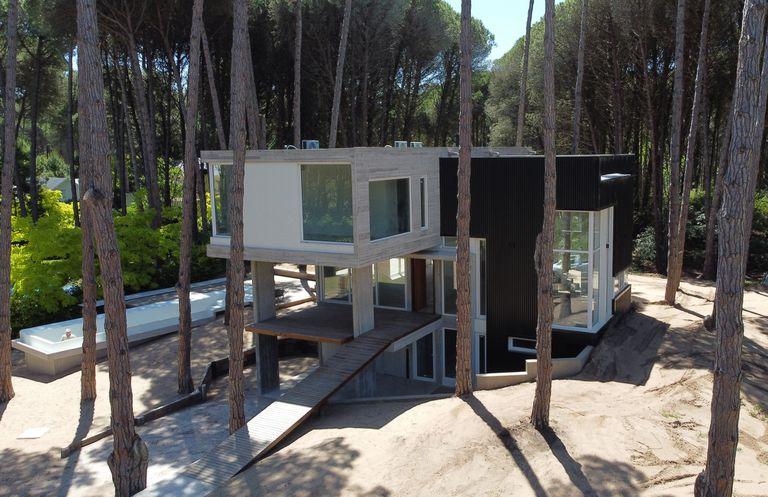 Se duplican las obras en Pinamar: cuánto cuesta un terreno y el m2 para construir