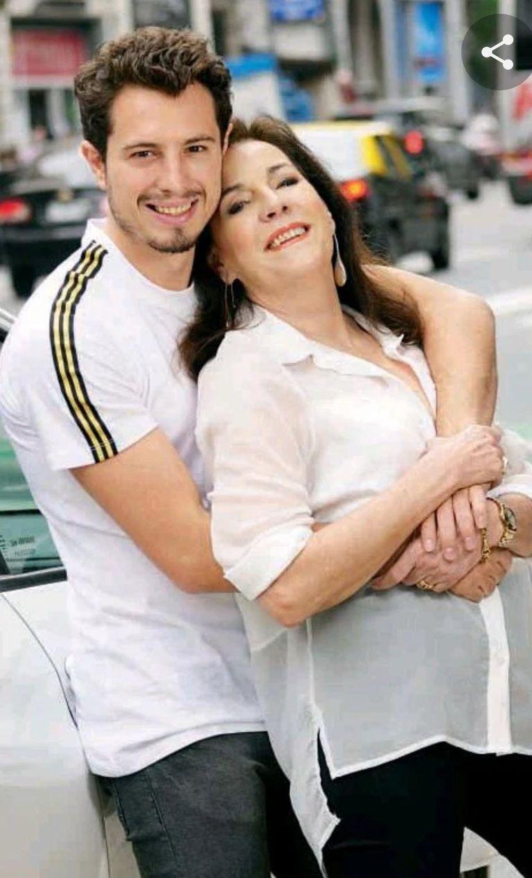 Adriano Sessa, hijo de Monica Gonzaga, sera expulsado de Uruguay por organizar una fiesta clandestina en ese pais.