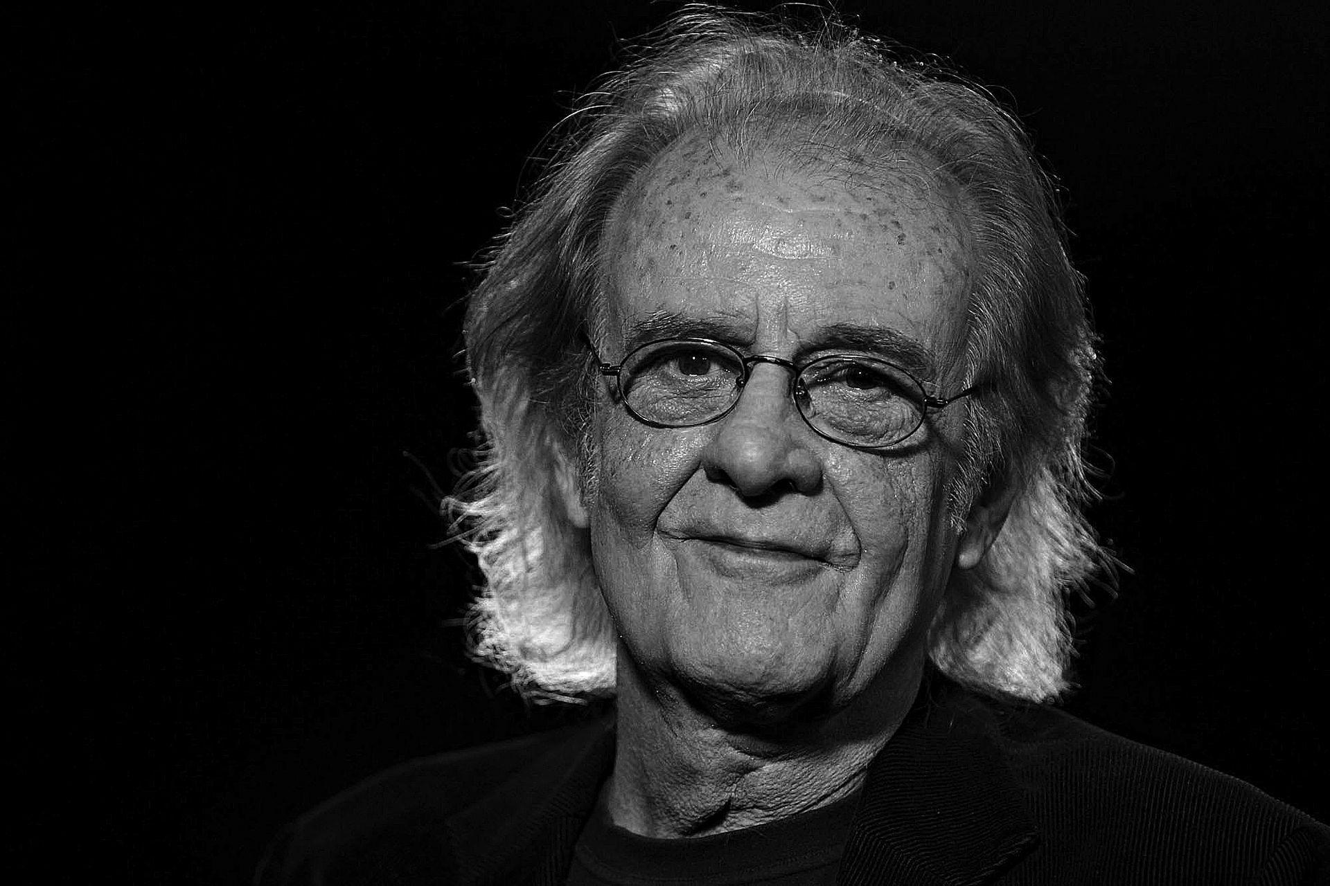 El músico, cantautor, director de cine, actor, escultor, escritor, pintor y poeta español falleció a los 76 años