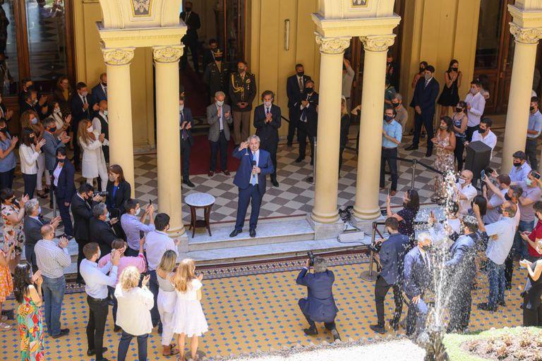 El Presidente Alberto Fernández encabezó el brindis de fin de año en la Casa Rosada