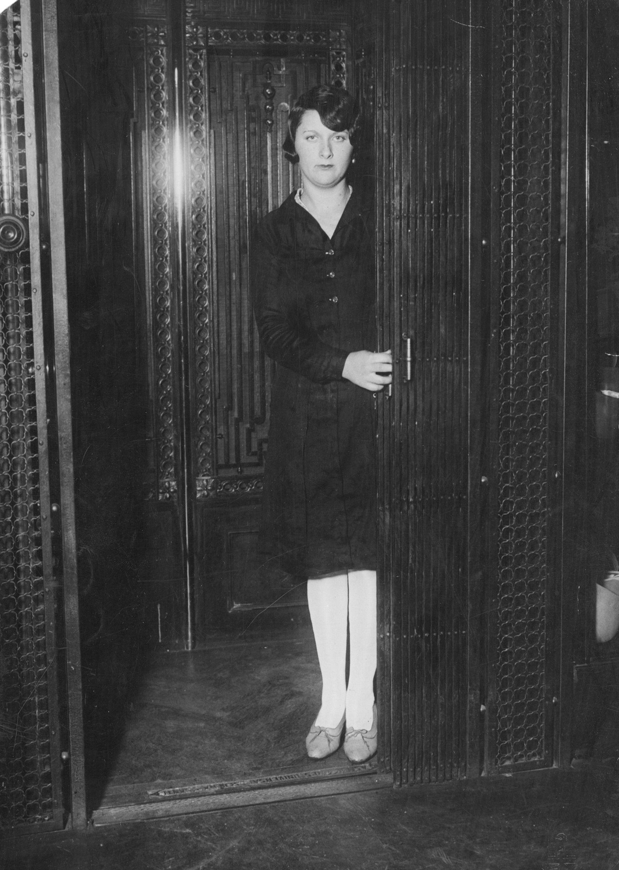 Ascensorista. 1929.