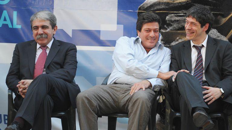 Aníbal Fernández, Gabriel Mariotto y Abal Medina durante un acto en la provincia de Buenos Aires en el 2011