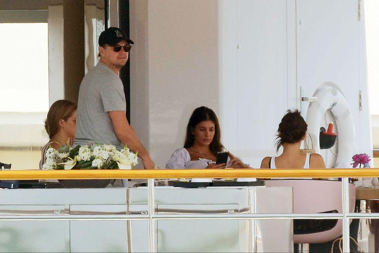 Las lujosas vacaciones de Leonardo Di Caprio y su novia argentina Camila Morrone