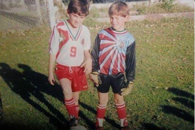 Emiliano Martínez junto a su hermano Alejandro, en aquellos primeros años en Mar del Plata