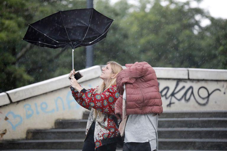 Por qué se produjeron las fuertes ráfagas de viento en Buenos Aires y otras doce provincias