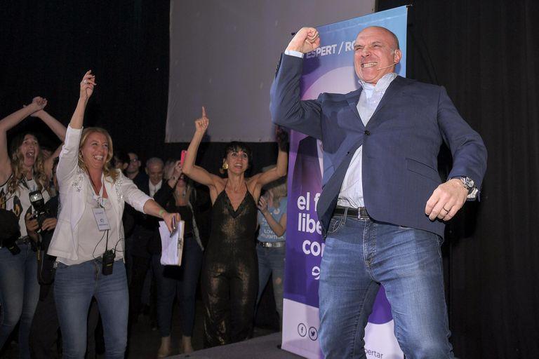 José Luis Espert cerró su campaña con una fiesta en Palermo junto a su candidato a vice, Luis Rosales