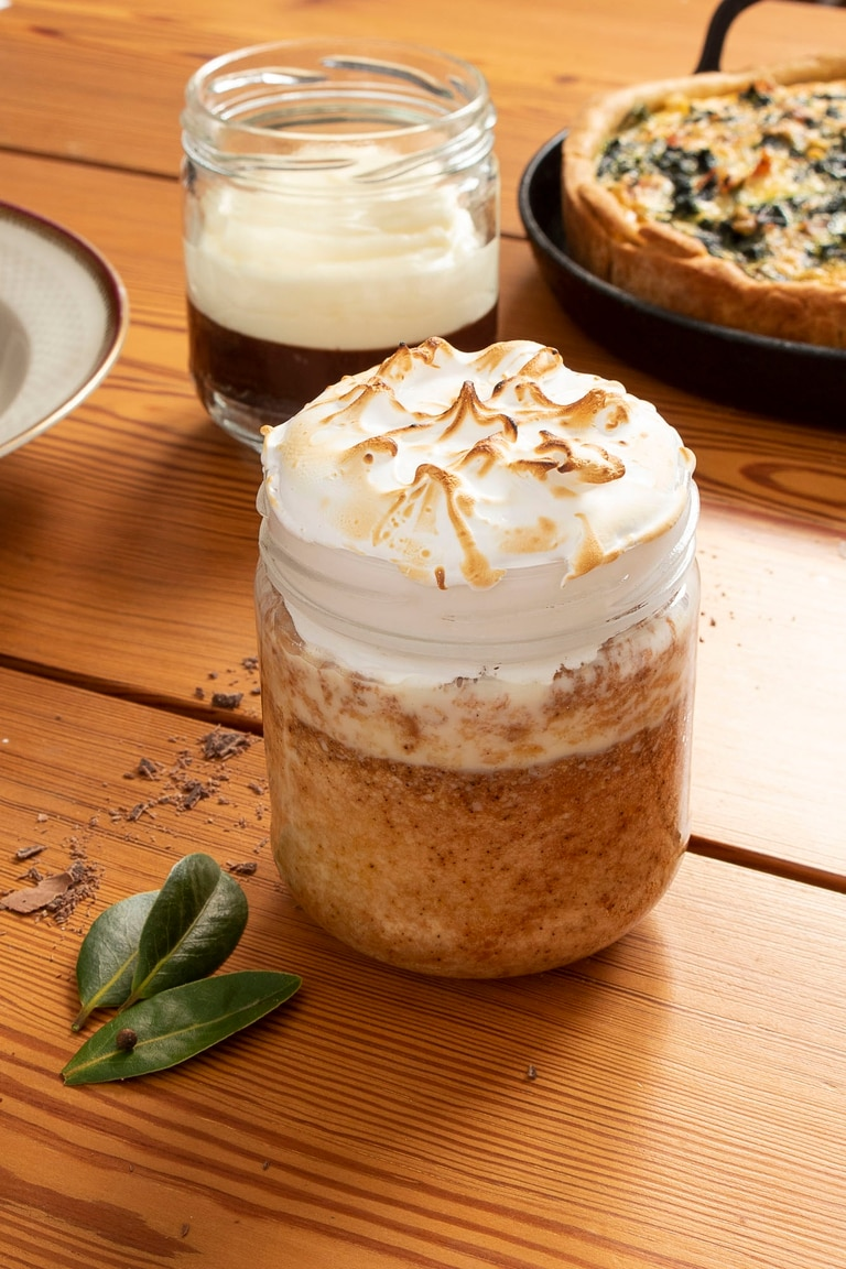 Para una chantilly o crema montada, Fernando Gómez recomienda que tanto la crema como el bol estén bien fríos