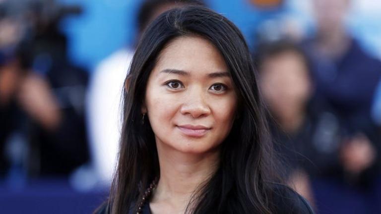 Chloé Zhao está nominada al Oscar a mejor dirección por Nomadland