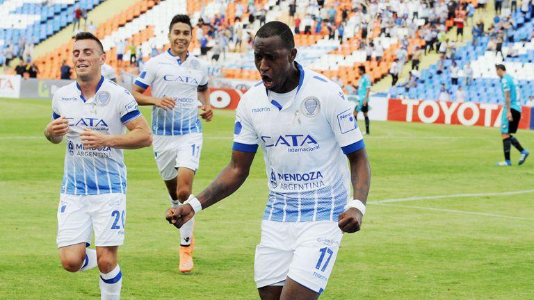Godoy Cruz vencio a Belgrano