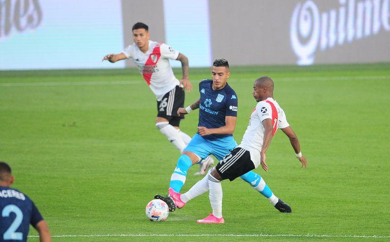 El encuentro entre Racing y River por la Copa de la Liga Profesional