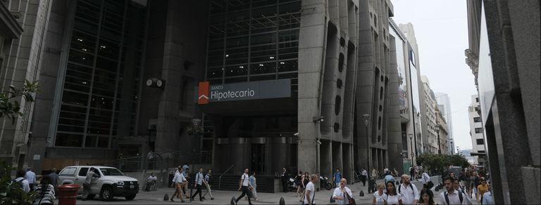 La historia de la sede del Banco Hipotecario, una joya de Clorindo Testa