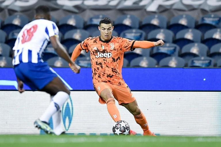 Juventus debe ganarle compo local a Porto para acceder a la próxima ronda de la Champions League